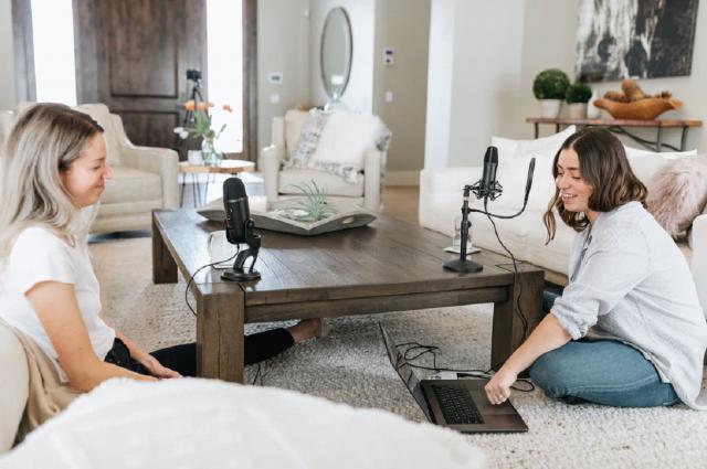 5 Ways to Create Powerful Podcast Intros