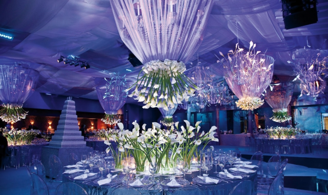 6 Magical Flowers To Make Your Wedding Decor Best