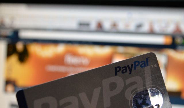 How To Use PayPal on Amazon? Does Amazon Accept Paypal?