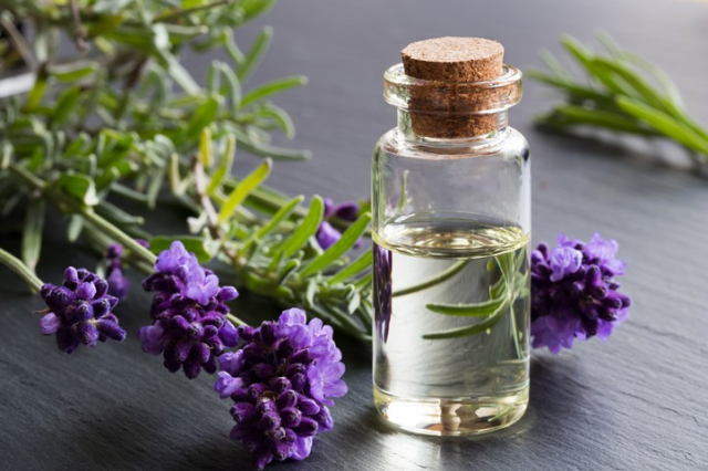The Trend of using quality Fragrant Oils infused with Essential oils