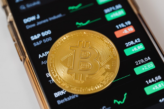 Step-by-step guide to traders to purchase and sell Bitcoin - Eric Dalius Bitcoin