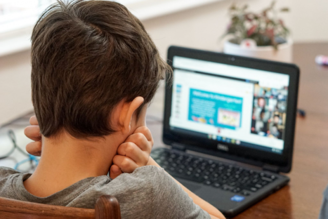 Six Reasons to Enroll Your Child in an Online Preschool